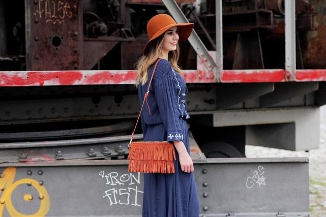 Deutscher-Modeblog-German-Fashion-Blog-Outfit-Boho-Look-Maxikleid-Hut-10