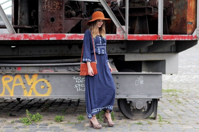 Deutscher-Modeblog-German-Fashion-Blog-Outfit-Boho-Look-Maxikleid-Hut-7