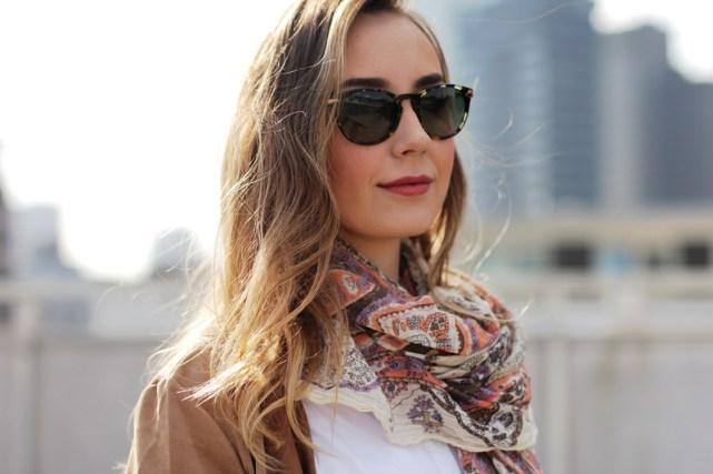 Deutscher-Modeblog-German-Fashion-Blog-Outfit-brauner-Mantel-Schal-7