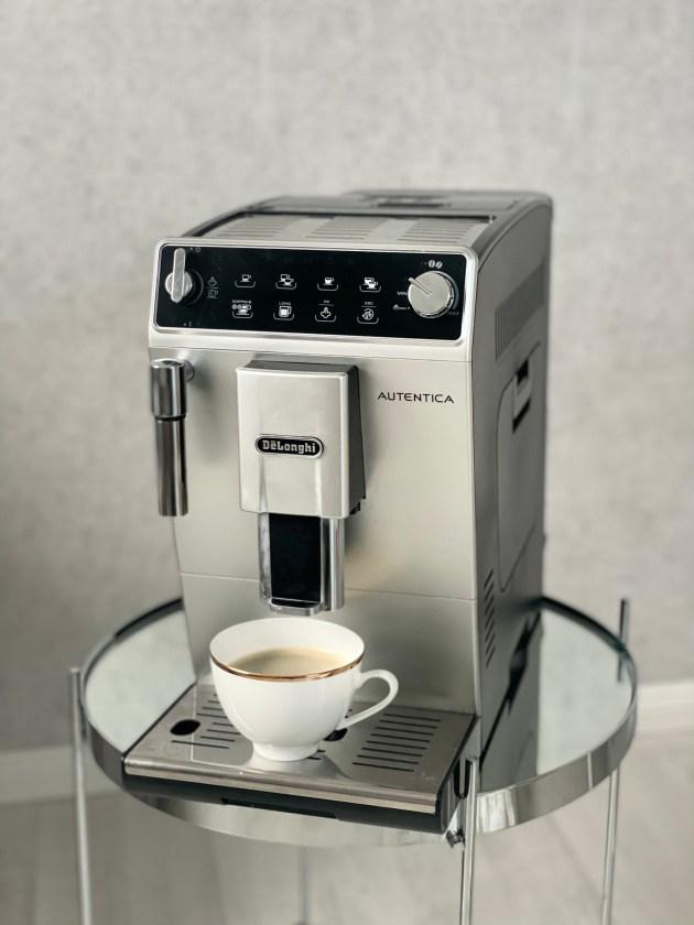de Bijenkorf Haul: Bester Kaffeevollautomat delonghi Autentica auf Lifestyle Blog Interior