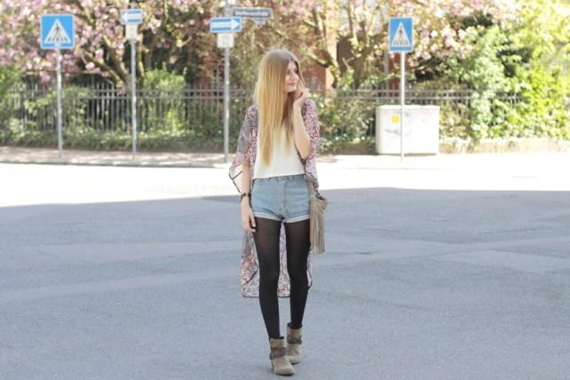 Kimono Jeansshorts Outfit 4
