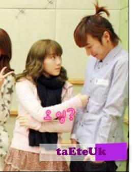 snsd_taeyeon_suju_leeteuk_24072010044828