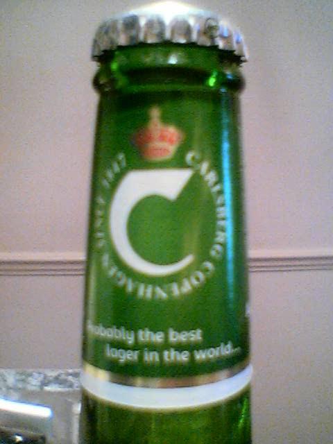 Carlsberg front of neck label