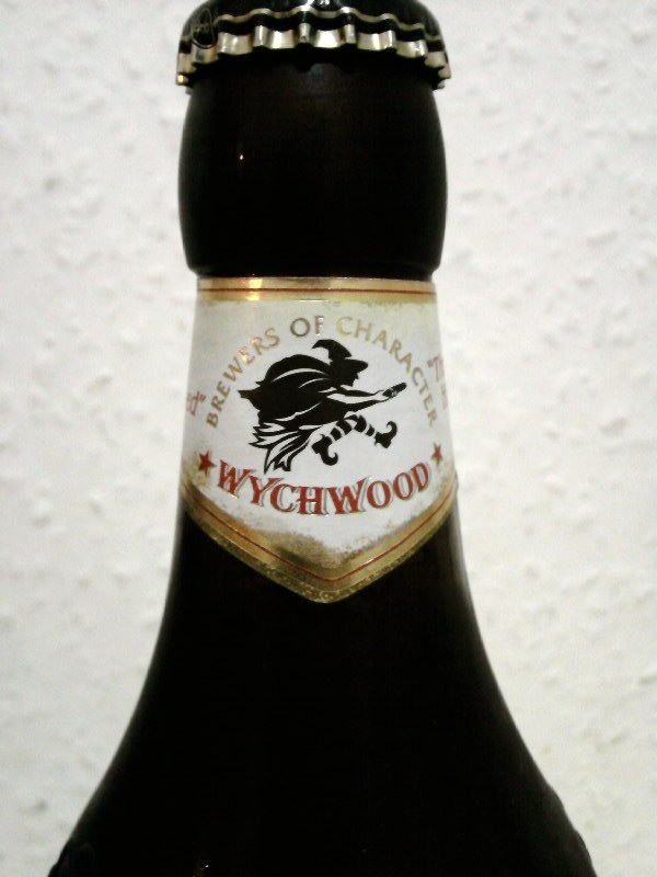 Wychwood Wychcraft Blonde Beer front of neck label
