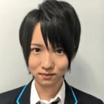西岡健吾の女証拠水着画像や卒アルとオネエ疑惑の真相がヤバイ!?歯並びの驚きの変化とは!?