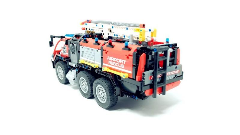 Lego Technic Airport Crash Tender