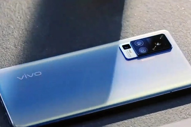 Here's how the first gimbal phone camera works on the Vivo X50 Pro ...