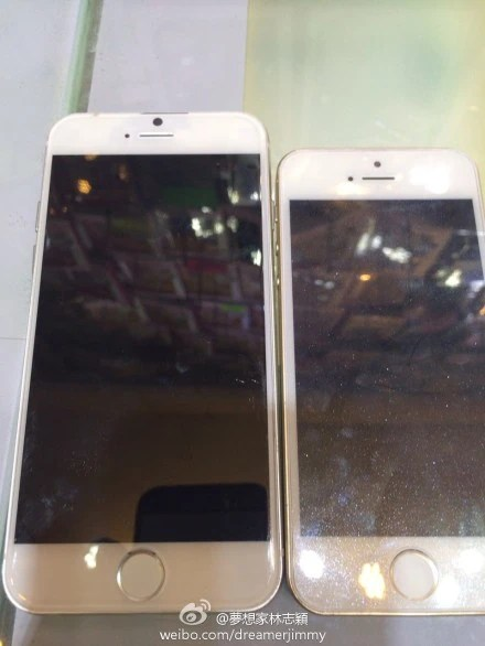 Taiwanese celebrity Jimmy Lin published pictures of the alleged iPhone 6 compared to the iPhone 5