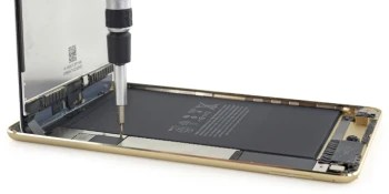 Apple's iPad mini 4 gets the teardown treatment, turns out there's a smaller battery in it as well