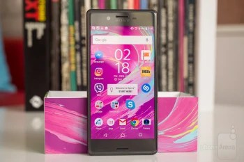 The attractive Sony Xperia X on sale: get the unlocked 32GB Graphite Black US version for $269.99