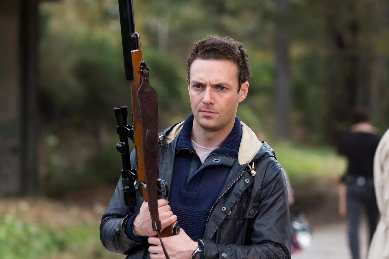 The Walking Dead Saison 7 Un Acteur Promet La Guerre