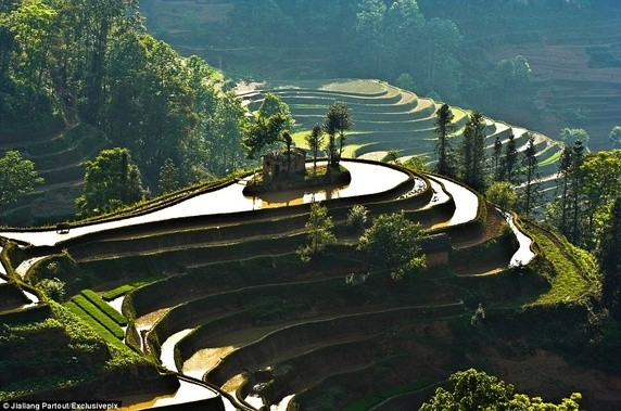Top 15 Best Tourist Photos South East Asia
