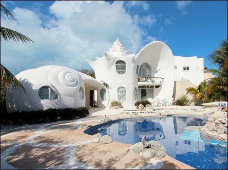 crazy-vacation-spots-shellhouse