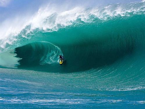 Top 10 Islands World Tahiti surfers
