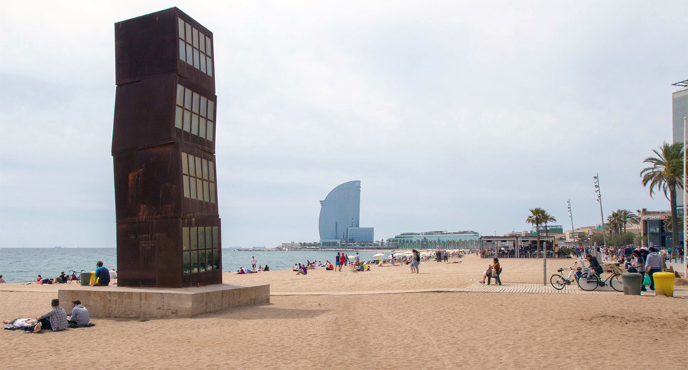 urban beaches barceloneta