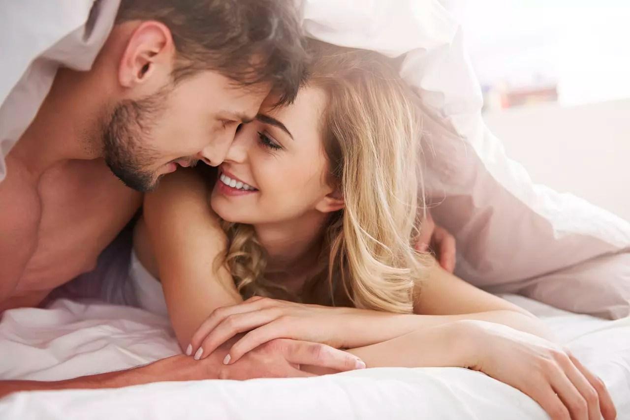 4 طرق لإثارة الزوجة لعلاقة جنسية ممتعة