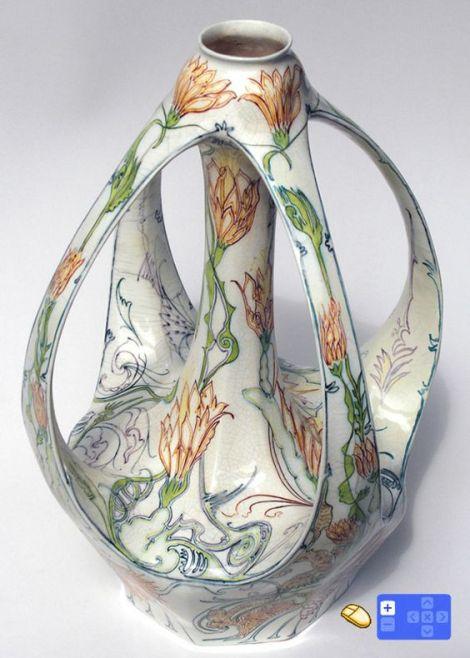 Rozenburg, Eggshell Vase, 1898, Decorator : Samuel Schellink.
