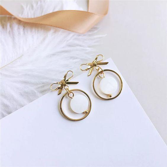 Gold-color gray shell Bow Earrings Women's Fresh Shell Ear Nail Temperament Earrings Shell Circle Pop Earrings,#Bow, #Earrings, #Women