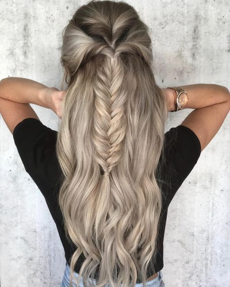39 Trendy + Messy & Chic Braided Hairstyles | Fishtail braided half up half down hairstyle #halfuphalfdown #braids #hairstyles (fishtail bun updo)