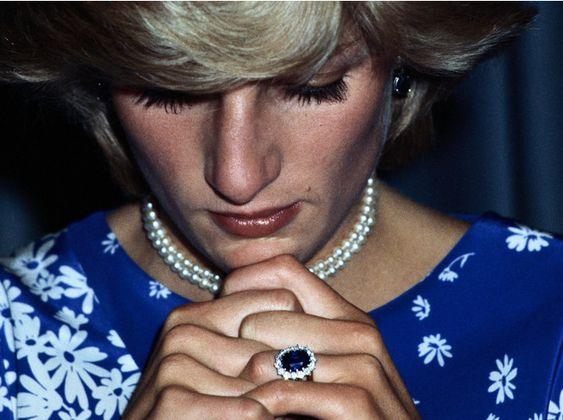История помолвочного кольца принцессы Дианы и Кейт Миддлтон | Marie Claire