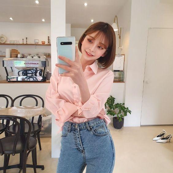 """츄 chuu korea official on Instagram: """"봄에는 셔츠와 데님으로 베이직 스타일 완성! #거울샷 #셀스타그램 #ootd #데일리룩 #I❤️S10"""""""