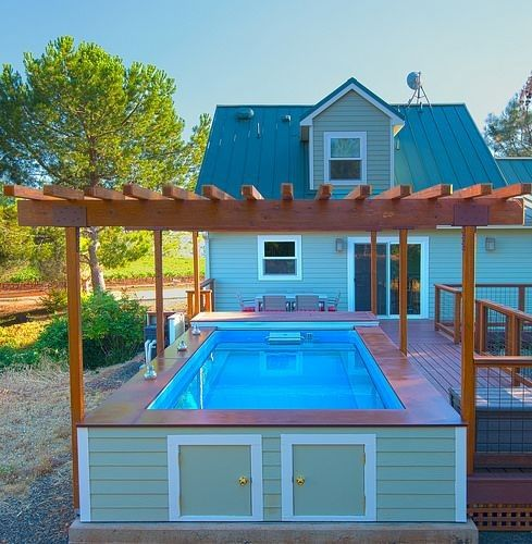 Backyard Pool House Ideas