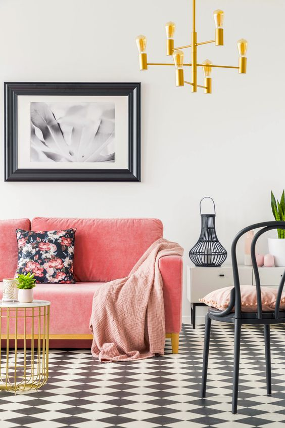 Decorating with Living Coral the Pantone Colour of the Year 2019