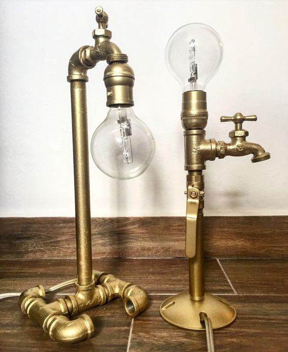 Lámparas de escritorio recicladas