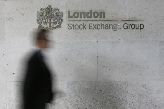 © Reuters. U.K. stocks higher at close of trade; Investing.com United Kingdom 100 up 0.30%