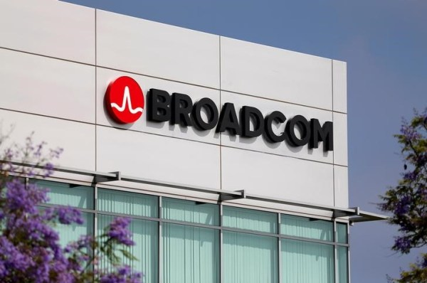 Broadcom Cautious on Outlook After Mixed Q3 as Revenue Falls