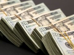 Dollar In Demand; Euro Pressured by Stimulus Costs By Investing.com