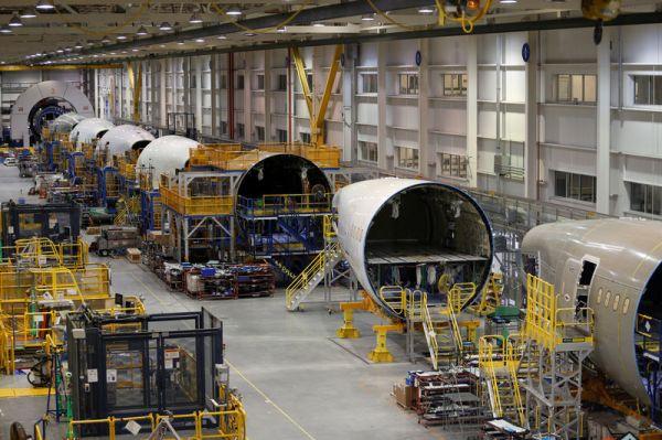 Boeing Earnings Miss, Revenue Beats In Q3