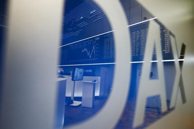 © Reuters. Germany stocks mixed at close of trade; DAX down 0.13%