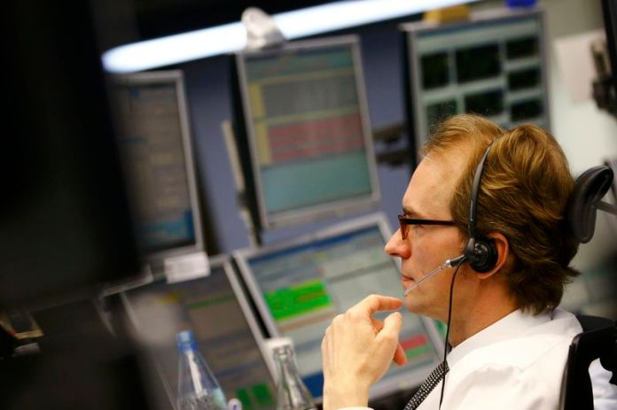 © Reuters. China market jolt far less contagious than 2015 shock
