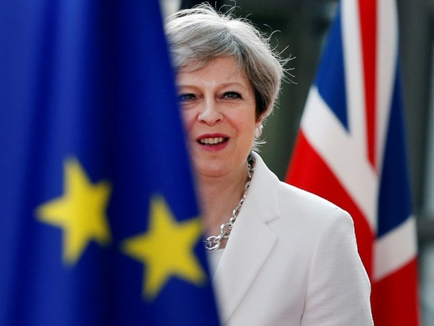 © Reuters. FILE PHOTO: British Prime Minister Theresa May arrives at the EU summit in Brussels