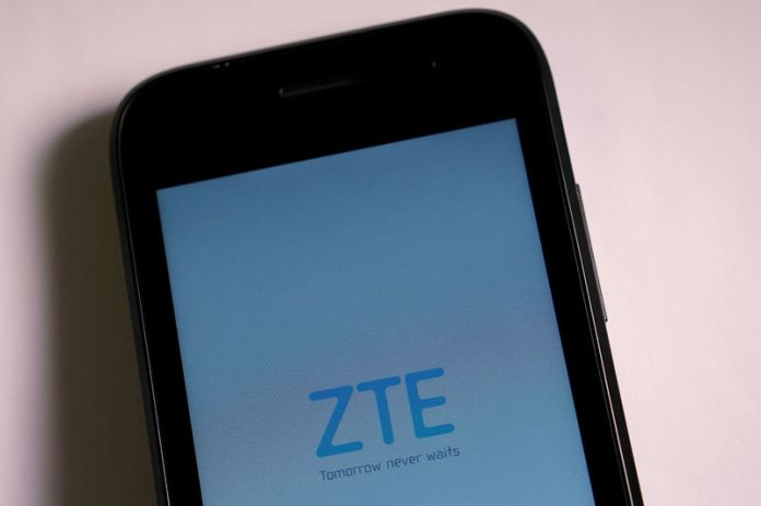 © Reuters. FILE PHOTO: A ZTE smart phone is pictured in this illustration