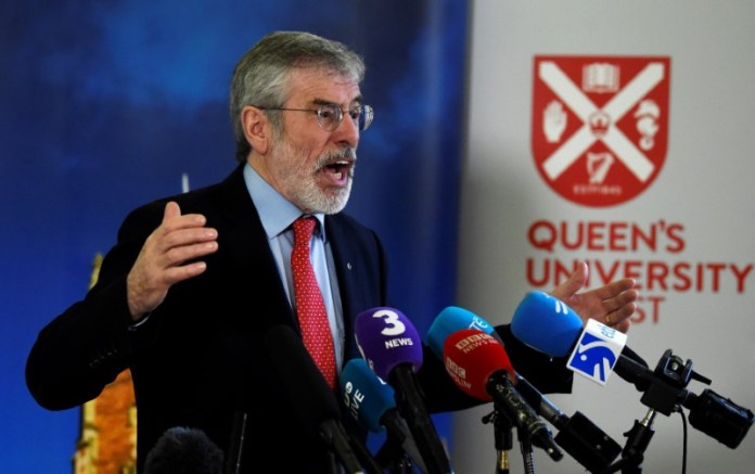 © Reuters. FILE PHOTO: Gerry Adams speaks at an event to celebrate the 20th anniversary of the Good Friday Agreement, in Belfast, Northern Ireland