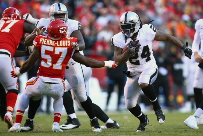 © Reuters. NFL: Oakland Raiders at Kansas City Chiefs
