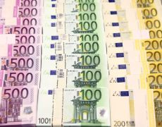 Euro near seven-week low after ECB; China virus worries linger By Reuters