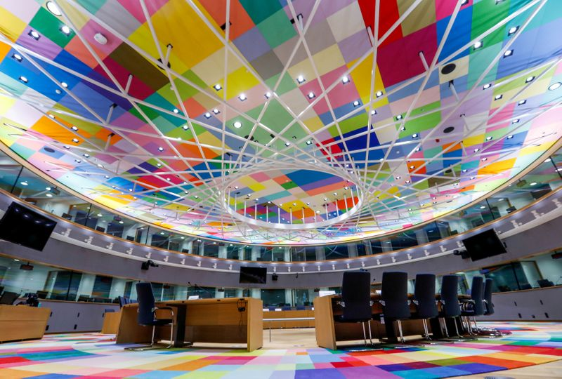 © Reuters. FILE PHOTO: A view shows a meeting room in Europa, the new European Council building in Brussels