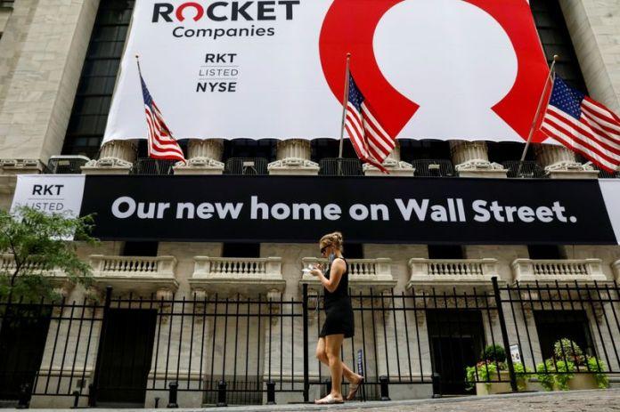 Analysis: Mortgage vendor IPO woes reflect U.S. housing market peak