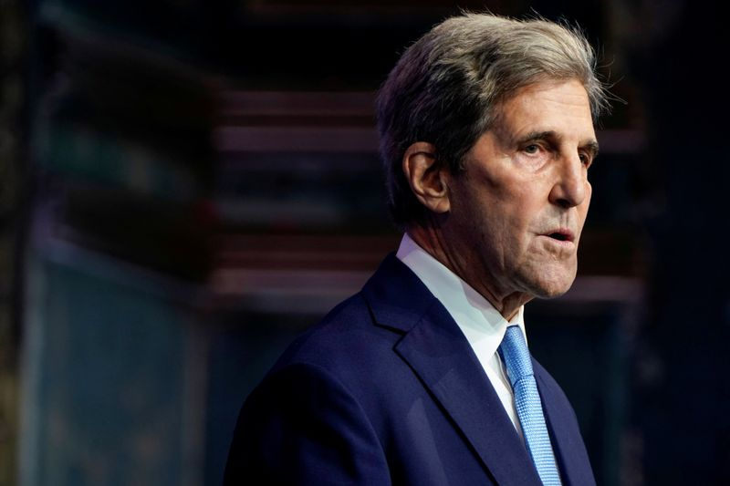 Kerry leads second-day slate at global energy conference