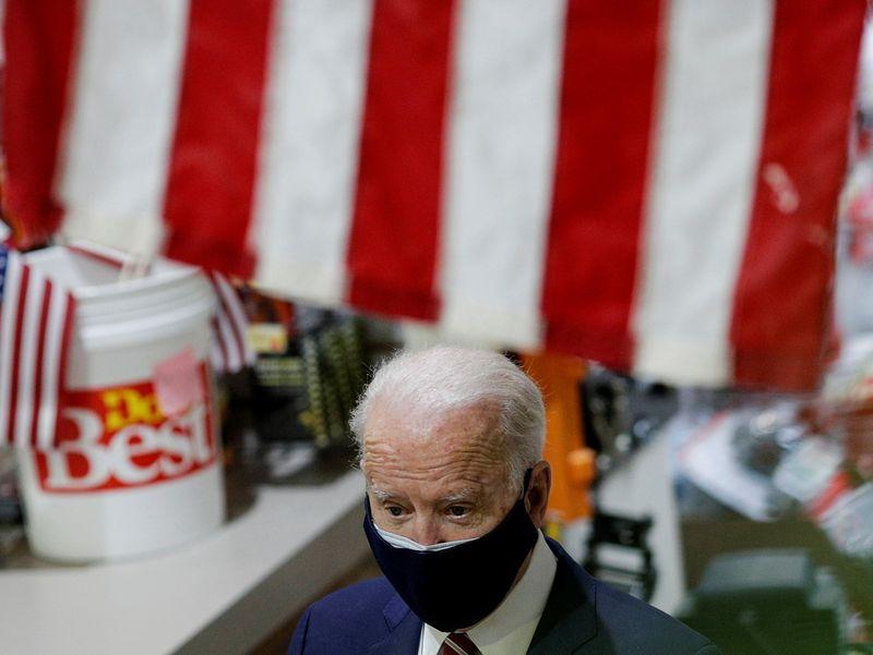 Biden's name will not appear on 'memo line' on stimulus checks: White House