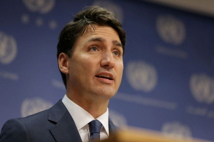 © Reuters. FILE PHOTO: Canadian Prime Minister, Justin Trudeau, speaks during a news conference at U.N. headquarters during the General Assembly of the United Nations in New York