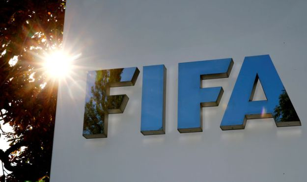 © Reuters. FILE PHOTO: Logo of FIFA is seen in Zurich