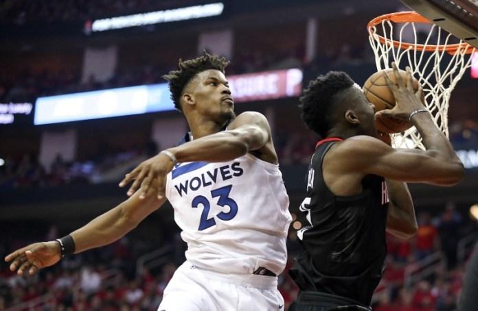 © Reuters. NBA: Playoffs-Minnesota Timberwolves at Houston Rockets