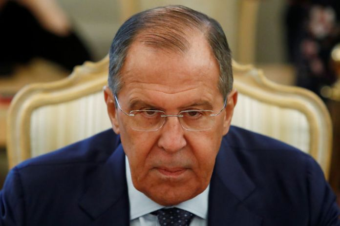 © Reuters. FILE PHOTO: Russian Foreign Minister Lavrov attends a meeting with his Italian counterpart Moavero Milanesi in Moscow