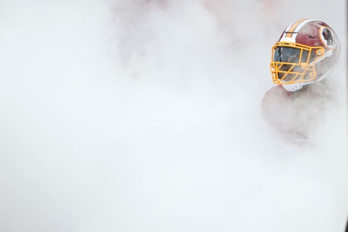 © Reuters. NFL: Green Bay Packers at Washington Redskins