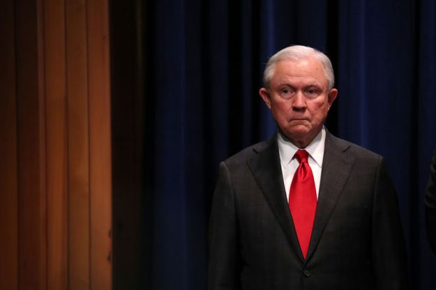 © Reuters. Attorney General Jeff Sessions attends law enforcement news conference on arrest in parcel bomb investigation at Justice Department in Washington