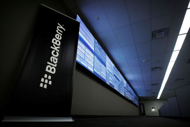 © Reuters. FILE PHOTO - A sign stands at Blackberry's Network Operating Centre (NOC) in Waterloo